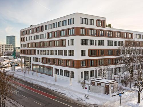 Fassade bürogebäude  NuOffice in München setzt neue Standards bei Bürobauten - FVHF.de