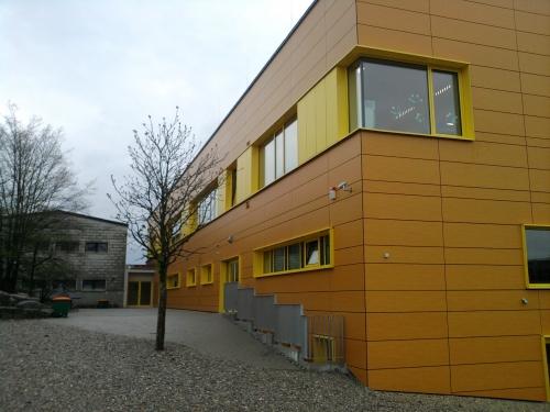 erweiterungsbau grund und hauptschule taufkirchen an der vils. Black Bedroom Furniture Sets. Home Design Ideas
